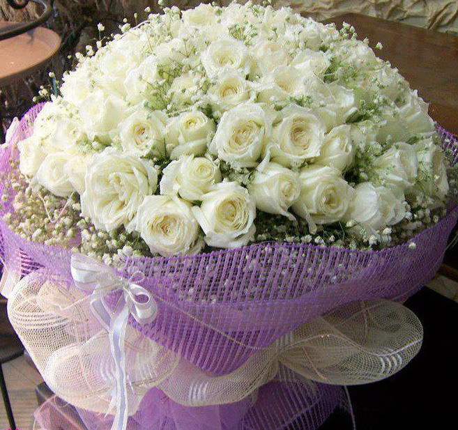 Amazing White Rose Bouquet