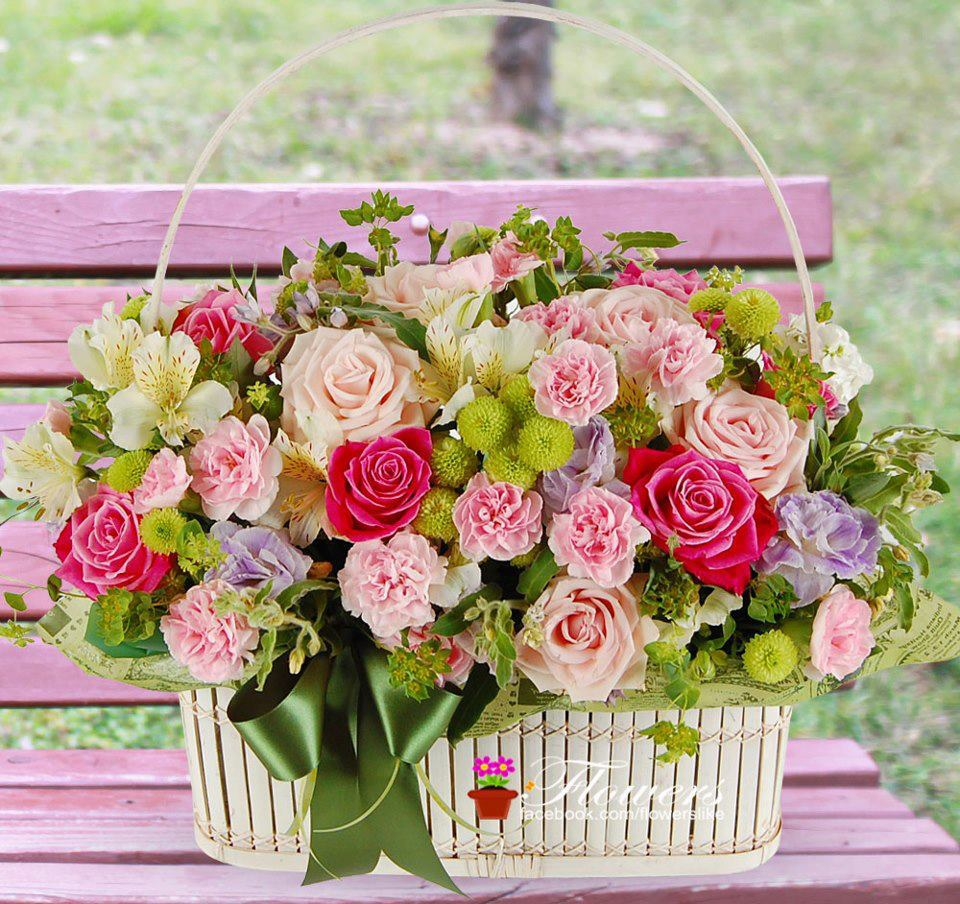 Awesome basket of flowers