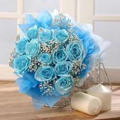 Blue rose bouquet