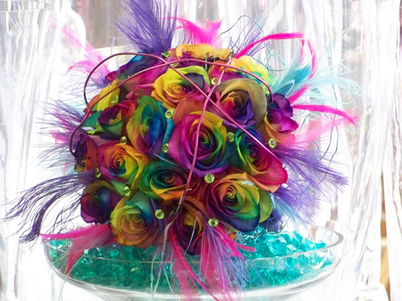 Beautiful rainbow rose bouquet for Pictures of rainbow roses
