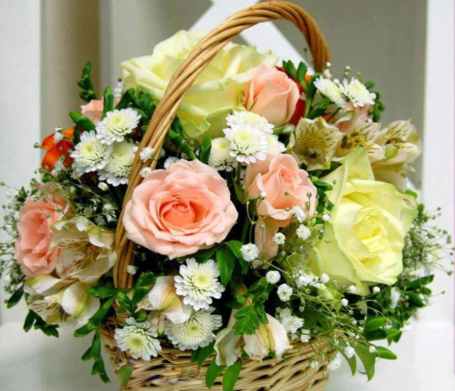 Beautiful Rose Basket