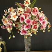 Nice orchid bouquet