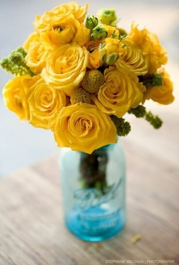 Yellow rose bunch