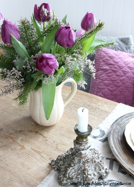 Cool Purple Tulip Centerpiece Download Free Architecture Designs Estepponolmadebymaigaardcom