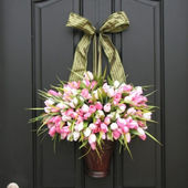 Tulip door decoration
