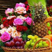 Floral-Fruit Composition