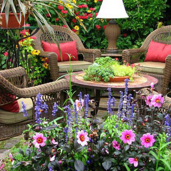 Garden sitting area for Fotos de jardines de casas