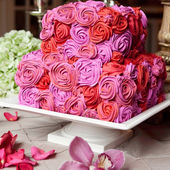 Red & Lilac Roses Wedding Cake