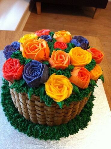 Summery Flower Basket Cake